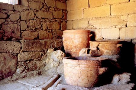 το αρχαίο πατητηρι κρασιου στο Βαθυπετρο Κρήτης, Ελλάδα