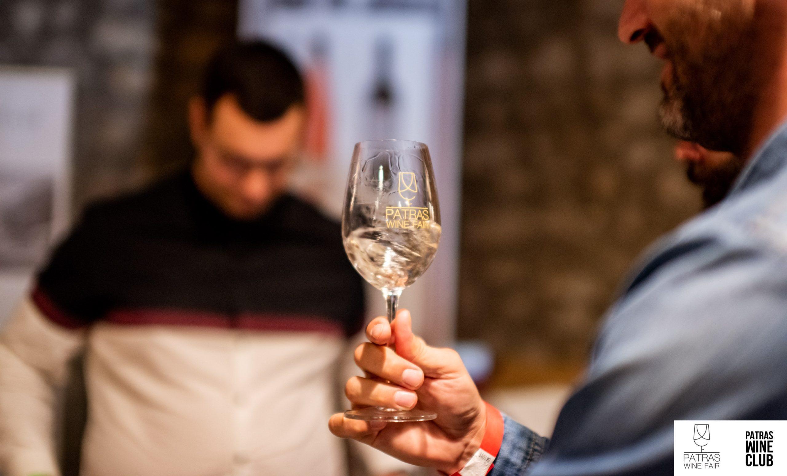 Οινογνωσία – η διαδικασία δοκιμής κρασιού
